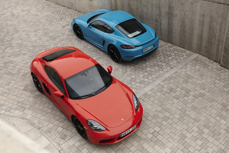 Porsche 718 Cayman Proof