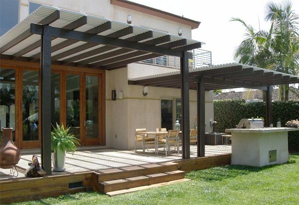 deciding-on-a-patio-cover-for-home