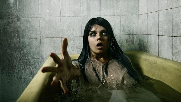 malevolently-haunted-bathrooms