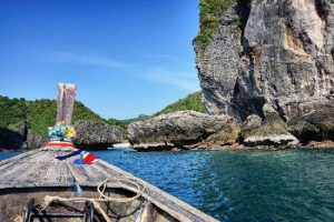 How to visit Phi Phi Island