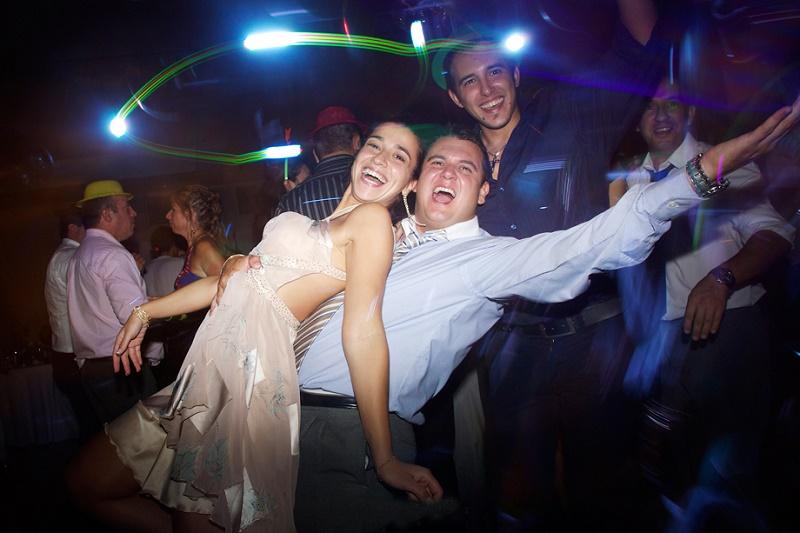 affordable wedding tips